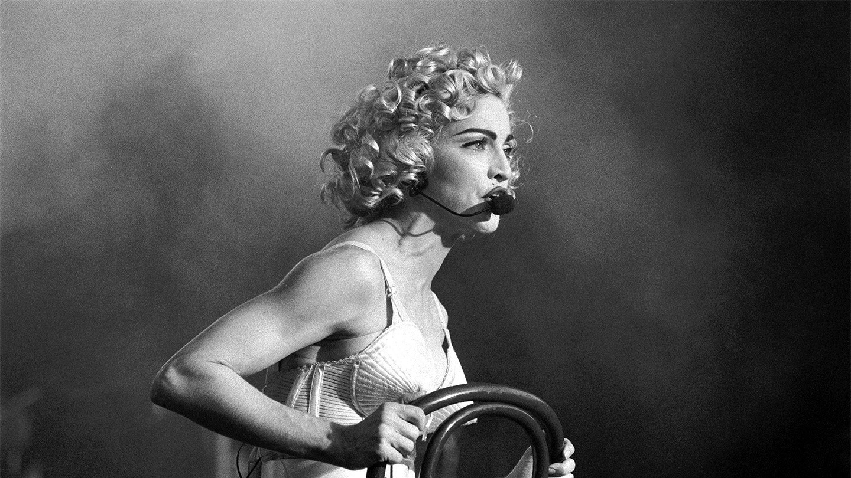 Madonna-Blond-Ambition